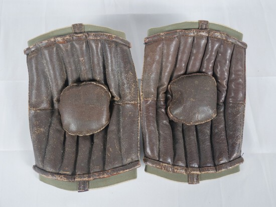 WWII Unknown Airborne Paratrooper Elbow Pads