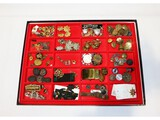 US WWI/WWII & Post War Badges & Buttons