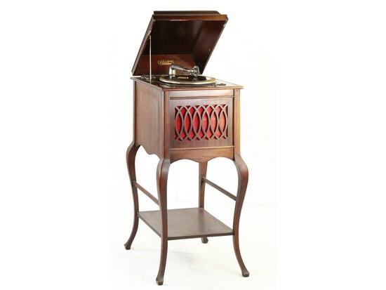 Silvertone Upright Phonograph w/Spider Legs