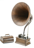 Edison Standard Model D Phonograph w/Wood Horn