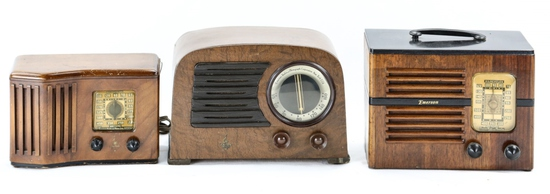 Lot of 3 Emerson Radios
