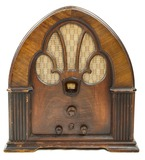 Philco Model 90 Tombstone Walnut Radio