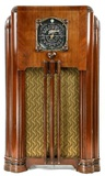 Zenith Long Distance Console Radio
