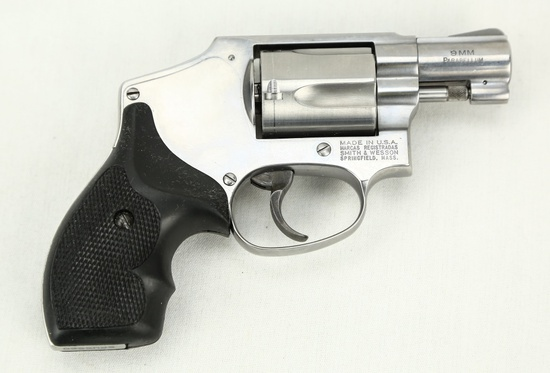 Rare Smith & Wesson Model 940 9mm Centennial Rev.