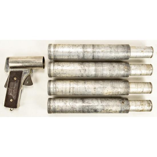 WWII US M2 Flare Gun w/ 4 Flares