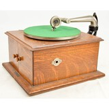 Victor VV-IV Victrola Oak Phonograph