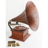 1911 Victor III Oak Phonograph w/Wood Horn
