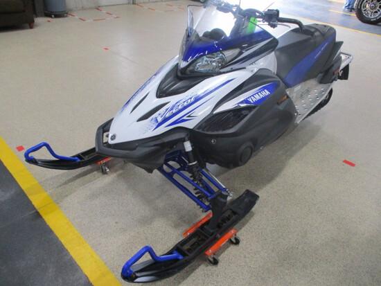 2009 Yamaha Vector RS Snowmobile