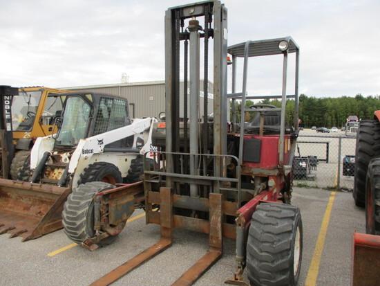 Moffett M5000 Forklift