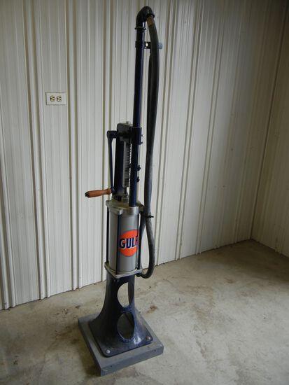 Gulf Antique Gas Pump