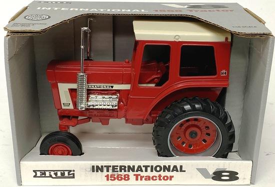 IH 1568 Tractor