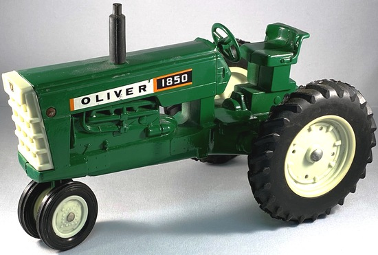Oliver 1850 Tractor