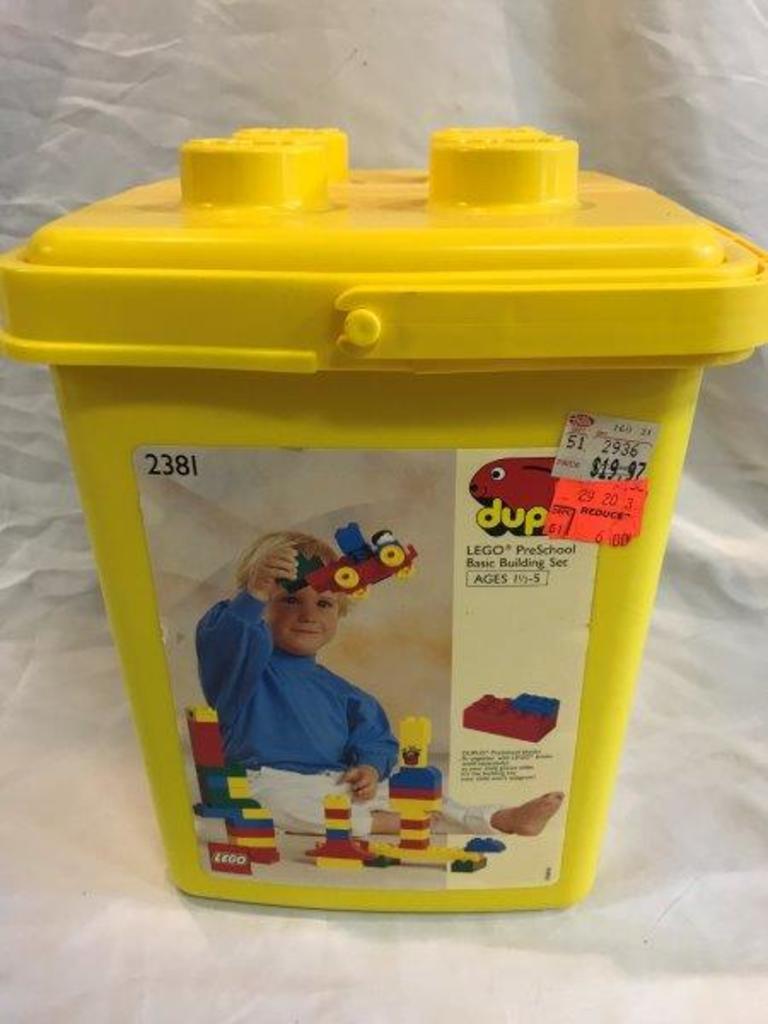 Lot New Old Stock Duplo Set 2381 Basic Bucket Proxibid Auctions