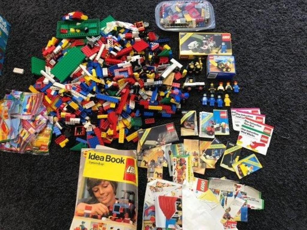 Toys, Comics, Sports Memorabilia, Star Trek, MORE!