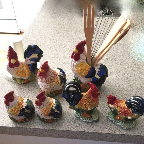 7 Pc Rooster Kitchen Set with Creamer, Utensil Holder, Salt & Pepper Shakers & More