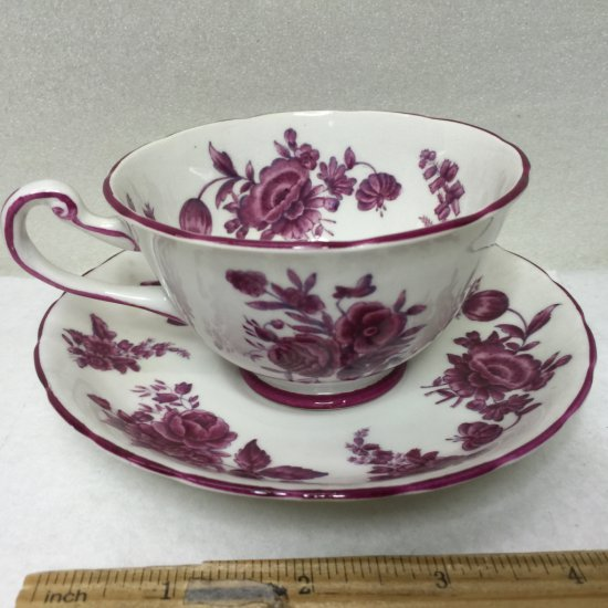 """Royal Chelsea Vintage Fine Bone China Tea Cup and Saucer Made in England """"Chantilly Rose"""