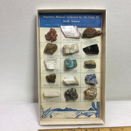 """Vintage """"Beginners Mineral Collection For the Study of Earth Science"""" In Original Box"""