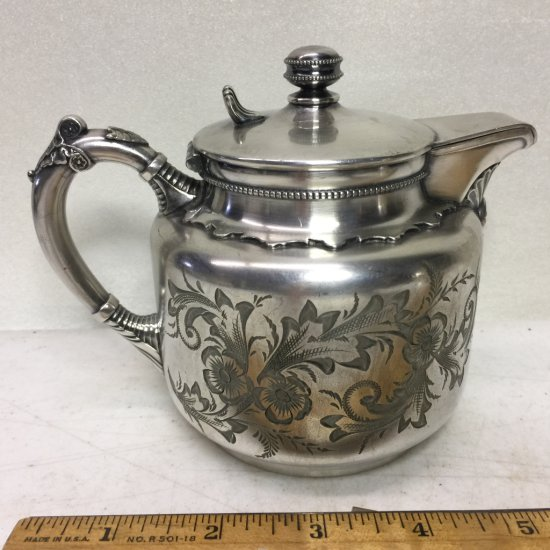 """Early """"Wilcox"""" Silver Plate Co. Quadruple Plate Ornately Etched Teapot"""