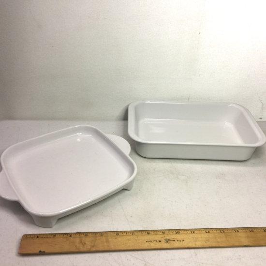"Corning Ware Rectangular 10-1/2"" x 6-3/4 x 2"" Baking Pan & Square Footed Plate"