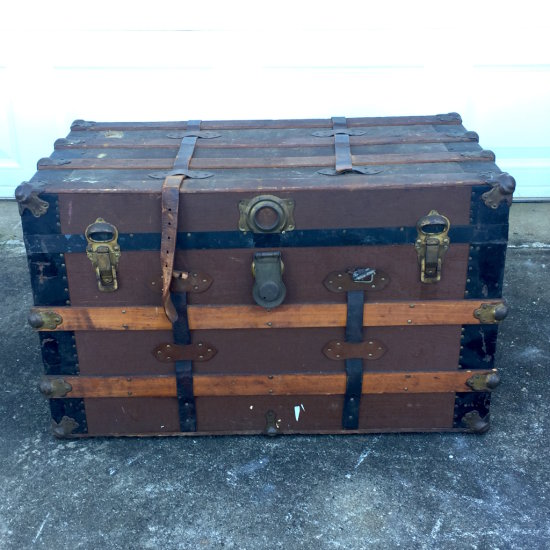 Vintage Wooden Steamer Trunk with Divided Tray Insert