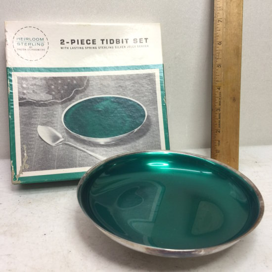 Vintage Oneida Silversmiths Green Lined Bowl with Original Box
