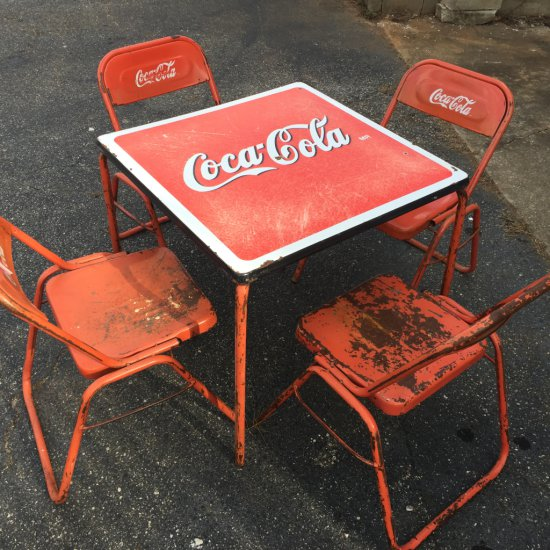 RARE Vintage Coca-Cola 1950's Porcelain Enamel Advertisement Soda Shop Table with 4 Chairs