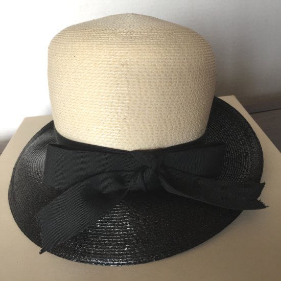 """Classy Vintage """"NY Exclusive Lisa"""" Cloche Straw Hat with Bow"""