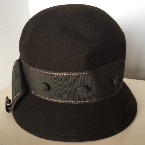 Vintage Brown Felt Cloche Hat with Buttoned Band