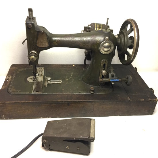 Antique Western Electric Sewing Machine w/Foot Pedal & Extra Motor for Parts