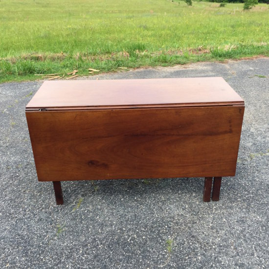 Early Dining Table with Drawer & Drop Leaf to Floor