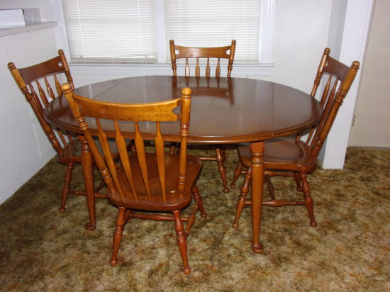 Ethan Allen Dining Table Hardrock Maple w/ 4 Arrow Back Chairs