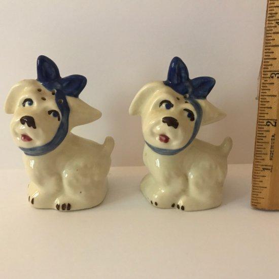 Adorable Vintage Salt & Pepper Doggies