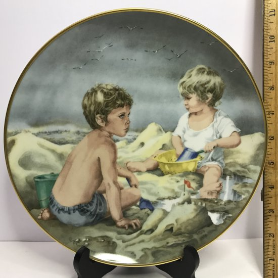 """Danbury Mint """"Journey of Dreams"""" by A.E. Ruffing """"Dream Castles"""" Collector's Plate"""