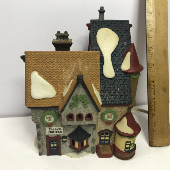 """Department 56 North Pole Series """"Tassy's Mittens & Hassel's Woolies"""" Lighted Village House"""