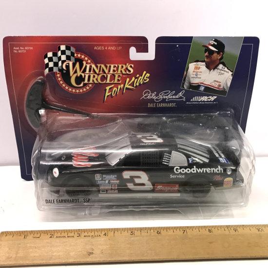 1998 Winner's Circle For Kids Dale Earnhardt NASCAR in Package