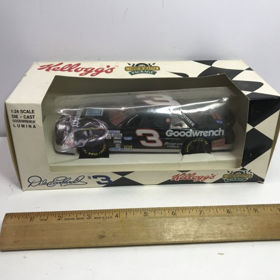 1994 Kellogg's Commemorative Package 1:24 Scale Die-Cast Goodwrench Lumina Dale Earnhardt in Box