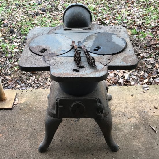 Cast Iron Vintage Pot Belly Stove