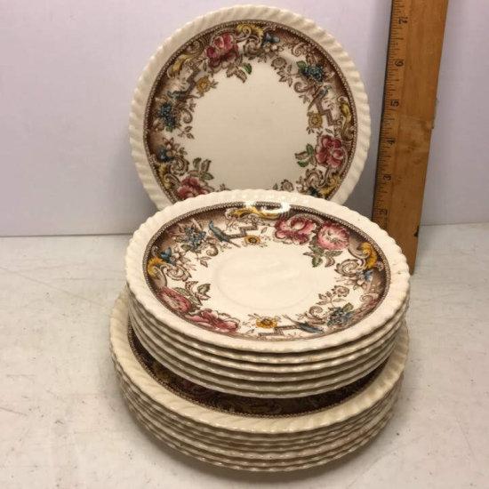 13 Pc Vintage Johnson Bros England Devonshire Plates & Saucers