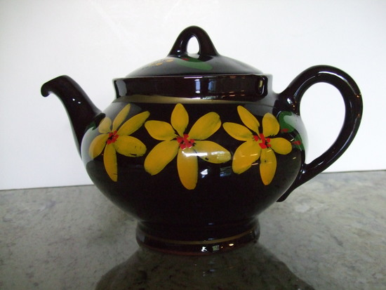 Hand Painted Royal Canadian Art Pottery Black/Yellow Teapot - Made in Canada