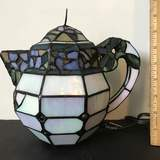 Pretty Stained Glass Teapot Lamp
