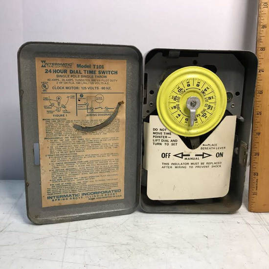 Vintage Intermatic Time Controls Model T101 24 Hour Dial Time Switch Single Pole Single Throw
