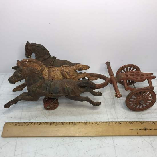 Vintage Cast Iron Triple Horse Collectible