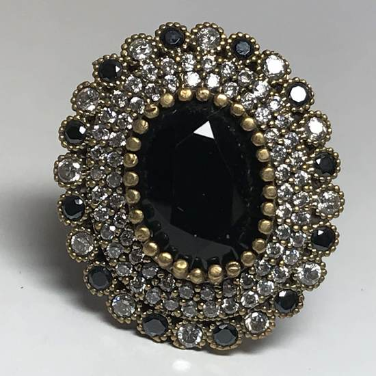 Beautiful Sterling Silver Ring with Onyx Stones & White Sapphire Stones Size 8