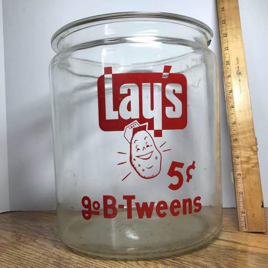 """HUGE Vintage """"Lays 5 Cents Go B-Tweens"""" Jar"""