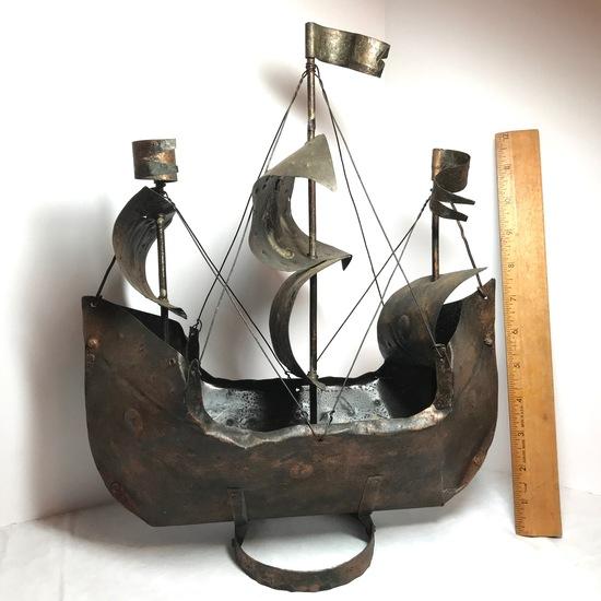 Cool Metal Sailboat Decorative Art
