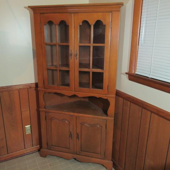 Maple Kitchen Corner Cupboard with 12 Pane Glass Doubl Doors Over Shelf & Cabinet Doors