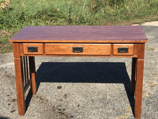 3 Drawer Wooden Desk with Felt Lined Middle Drawer