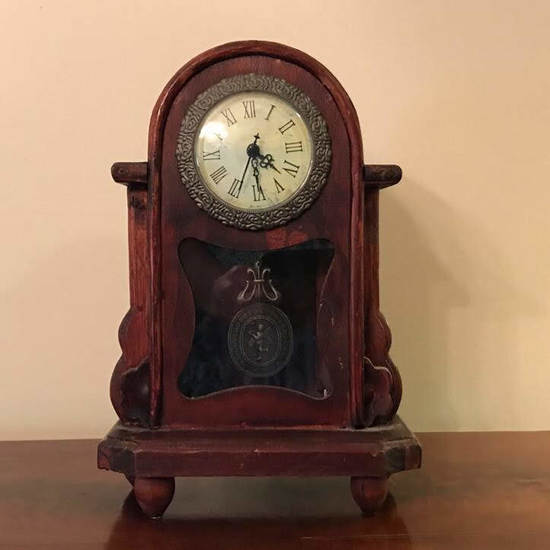Small Wooden Battery Powered Table Clock