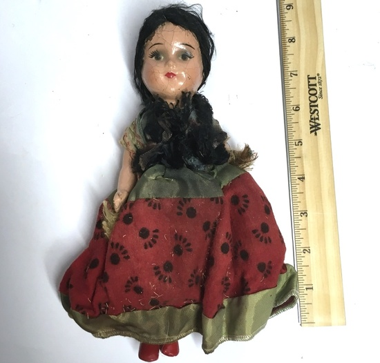 Early Composition Doll