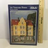 NIB Art Nouveau House by Pola